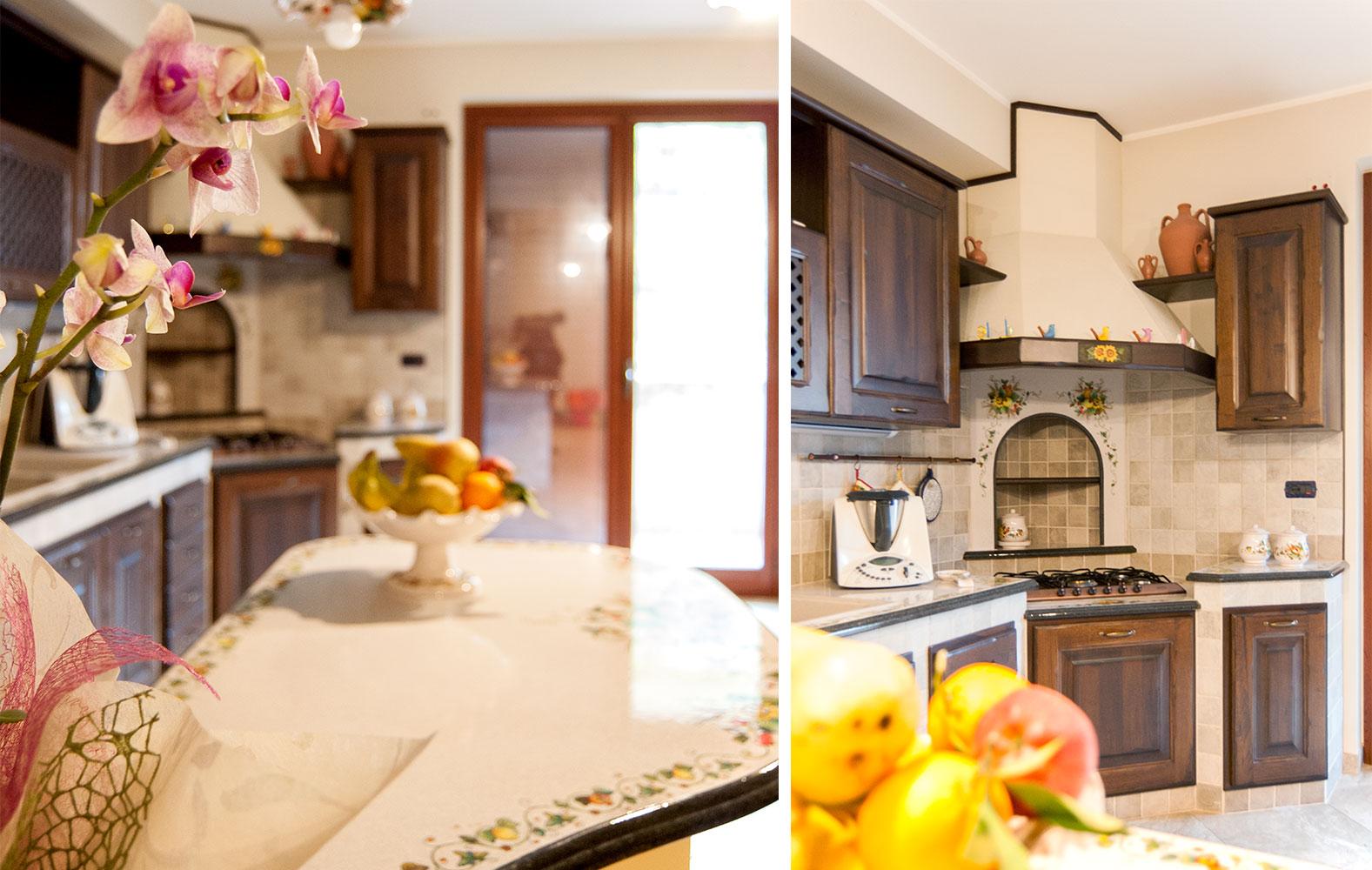 Penisola Cucina In Muratura cucine in muratura smontabile con top in pietra lavica