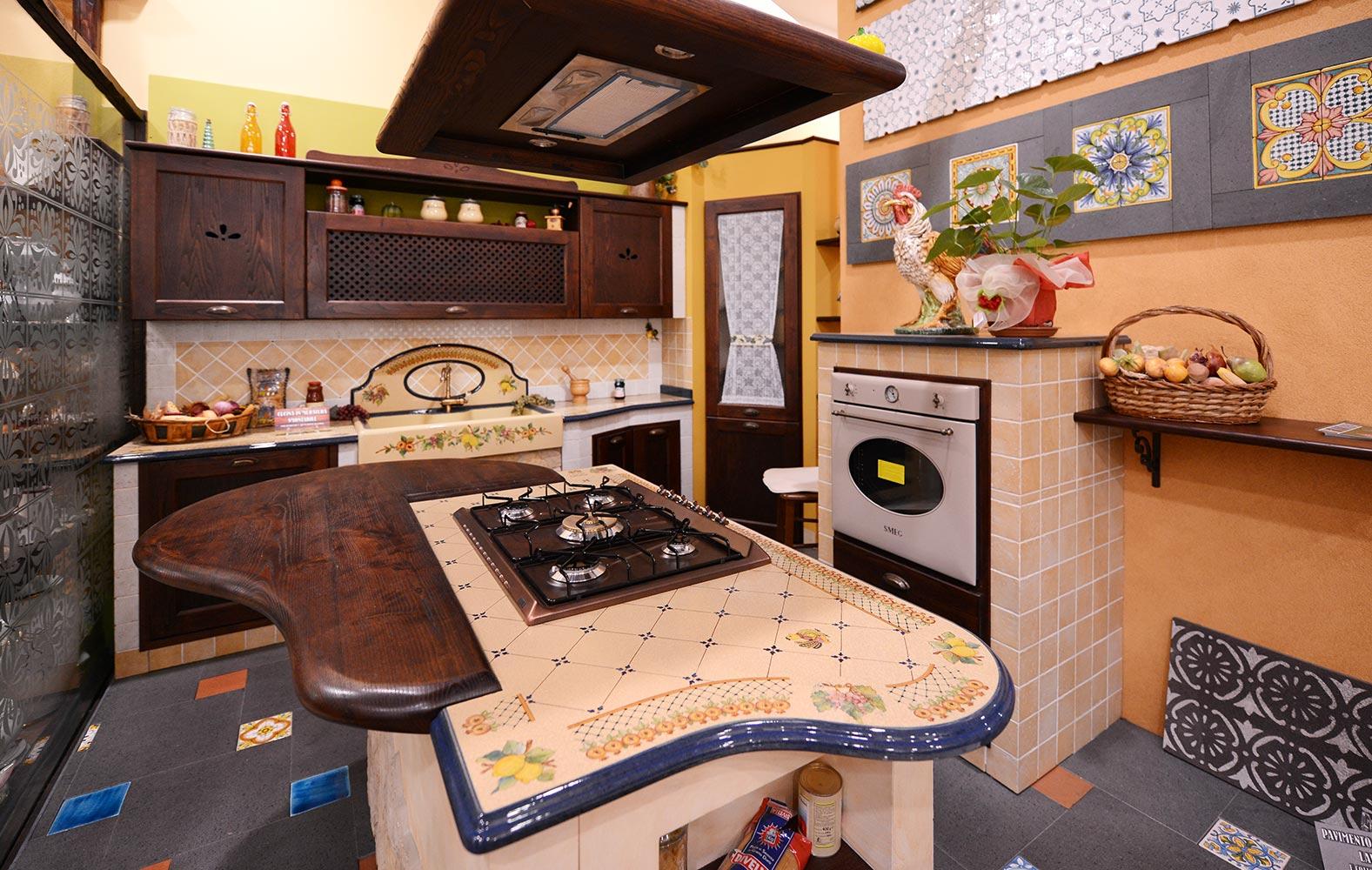Cucine country in muratura smontabile modello rimini - Arte sole cucine ...