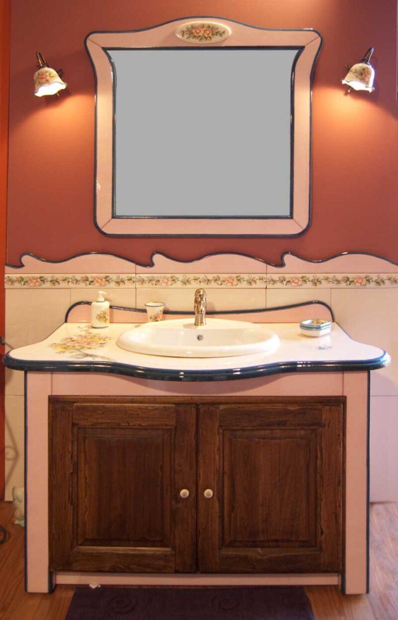 mobile bagno con decoro rose