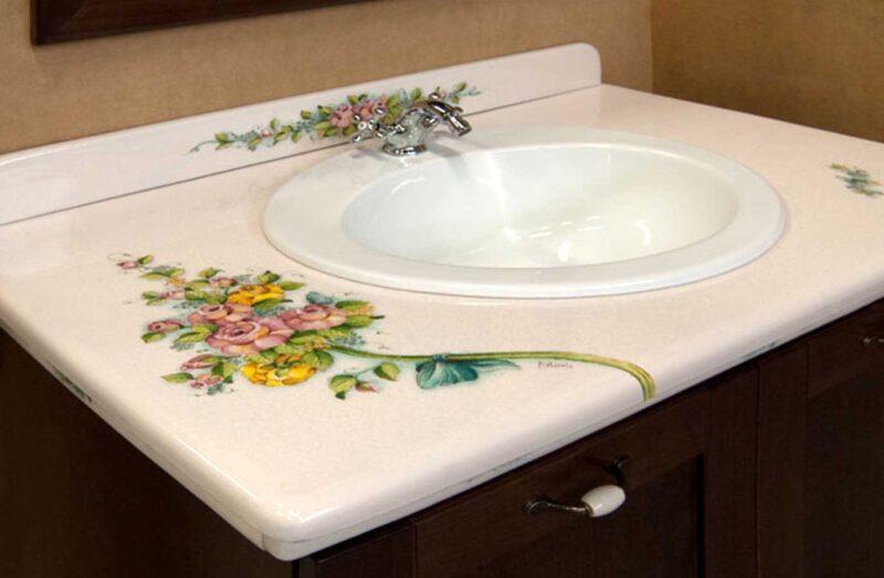 mobile bagno con top in pietra lavica