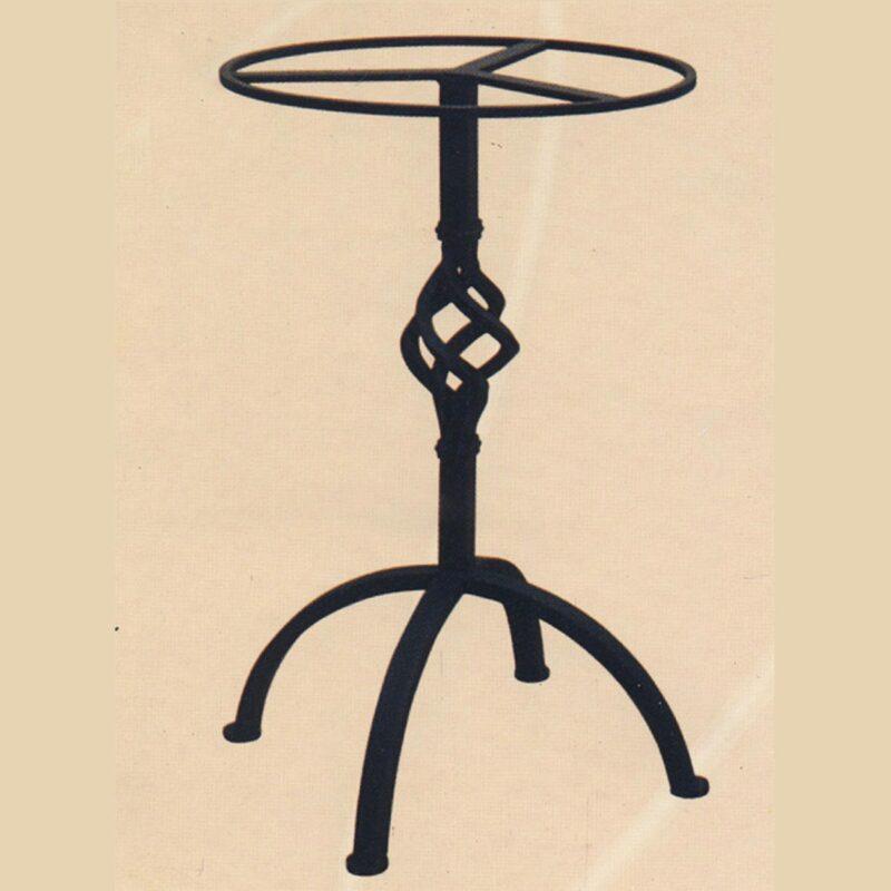 Base in Ferro Battuto per tavolo in pietra lavica