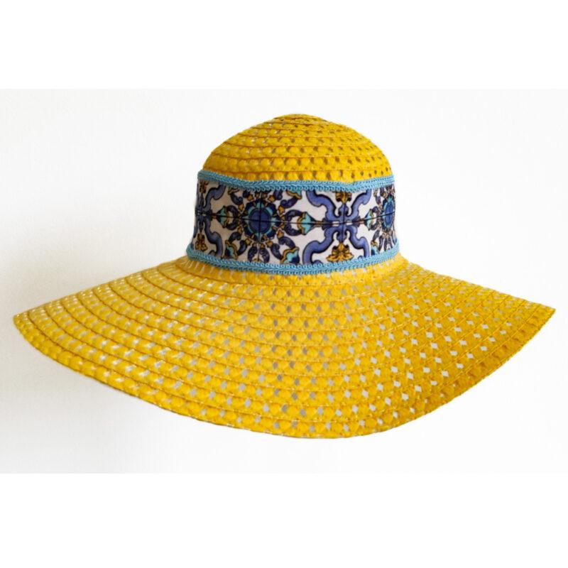 Cappello Giallo con decorazione siciliana