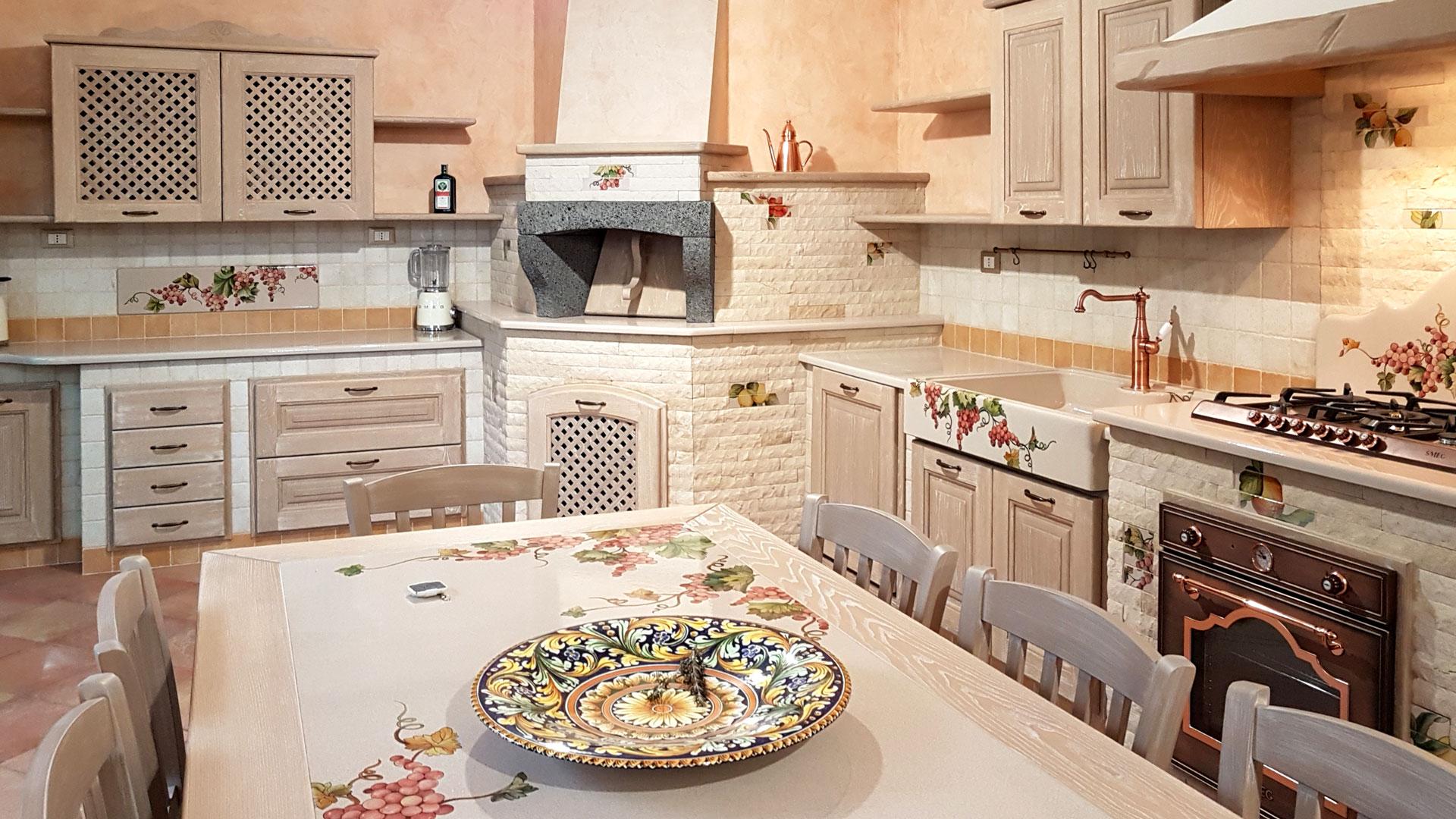 Cucine siciliane artigianali realizzate su misura artesole for Cucina siciliana
