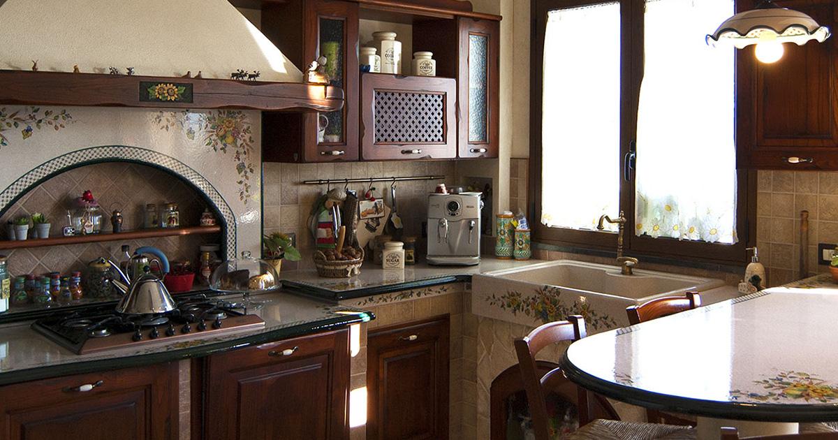 Cucine rustiche in muratura smontabile modello treviso - Arte sole cucine ...