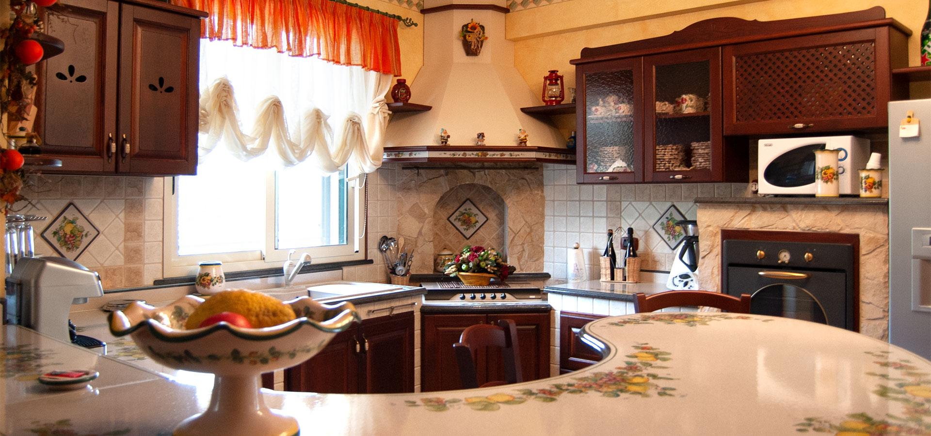 Cucine ecologiche in finta muratura modello vecchio frantoio - Arte sole cucine ...