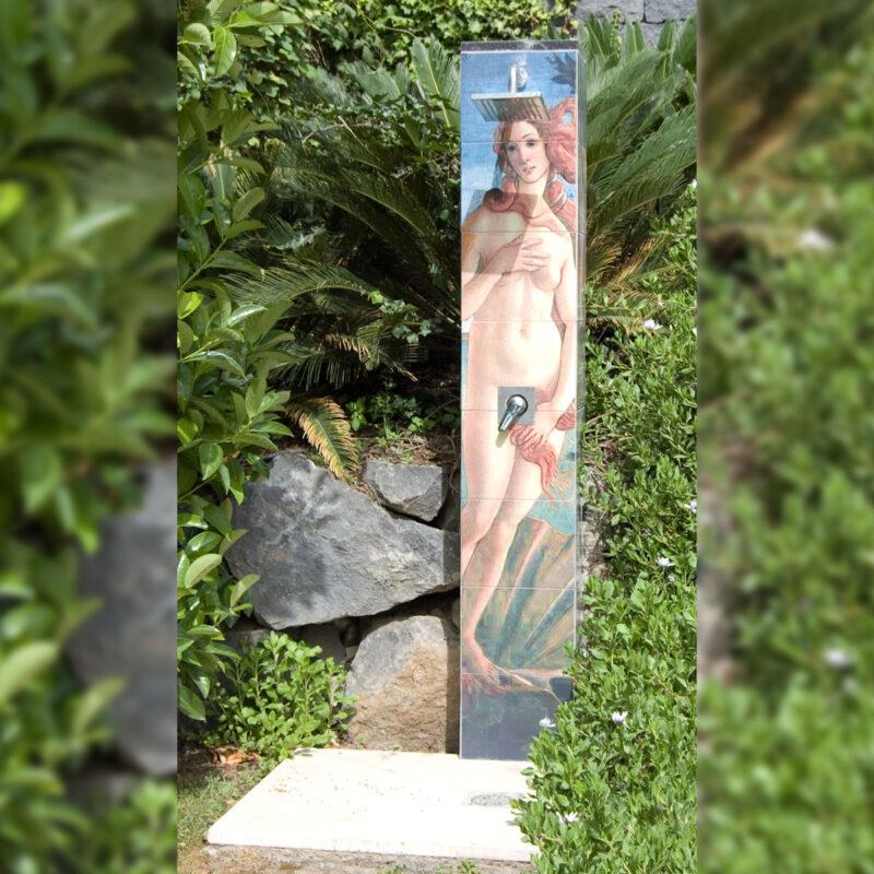 doccia in pietra lavica con decoro venere di botticelli