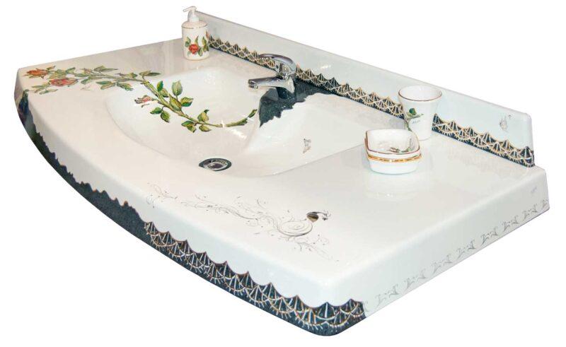 lavello bagno monoblocco in pietra lavica scavato decorato a mano con rifiniture in oro
