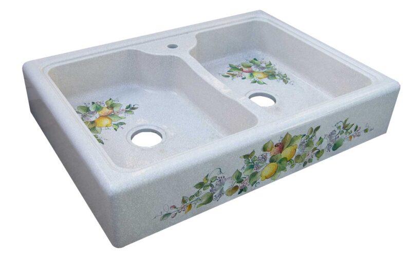 lavello in pietra lavica decorato a mano