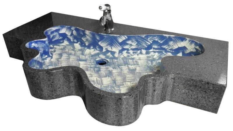 Lavello moderno in pietra lavica realizzato su commissione