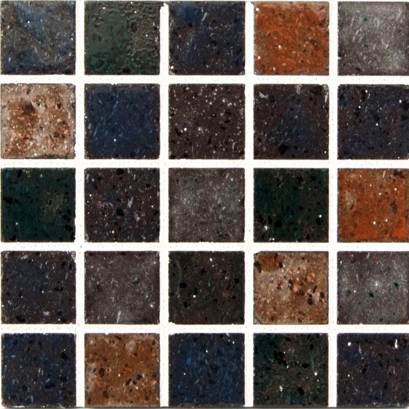 Mattonella mosaico in pietra lavica con colori vari trasparenti