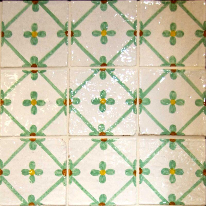 mattonelle in stile Caltagirone decorate a mano