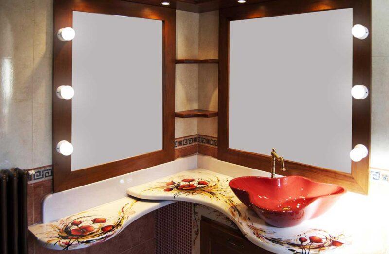 mobile bagno con top in pietra lavica con decoro papaveri