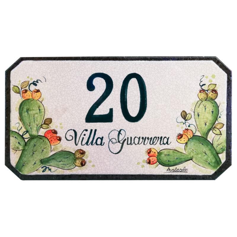 Numero civico in pietra lavica con scritta Villa personalizzabile