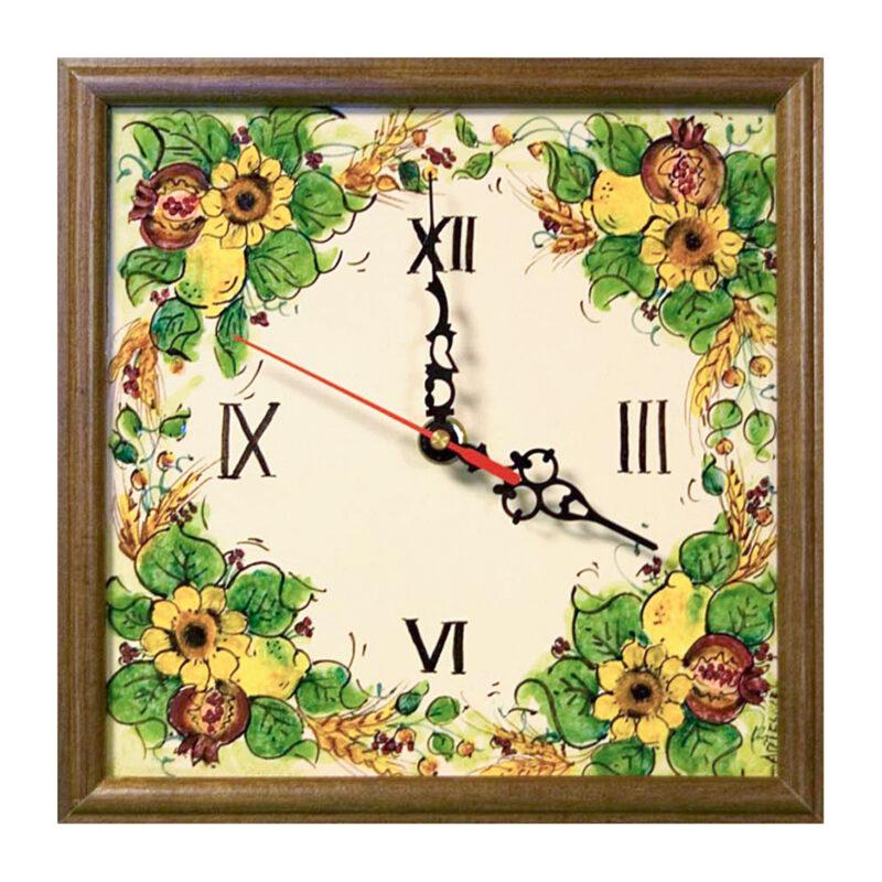 Orologio da parete vintage su pietra lavica decorata a mano