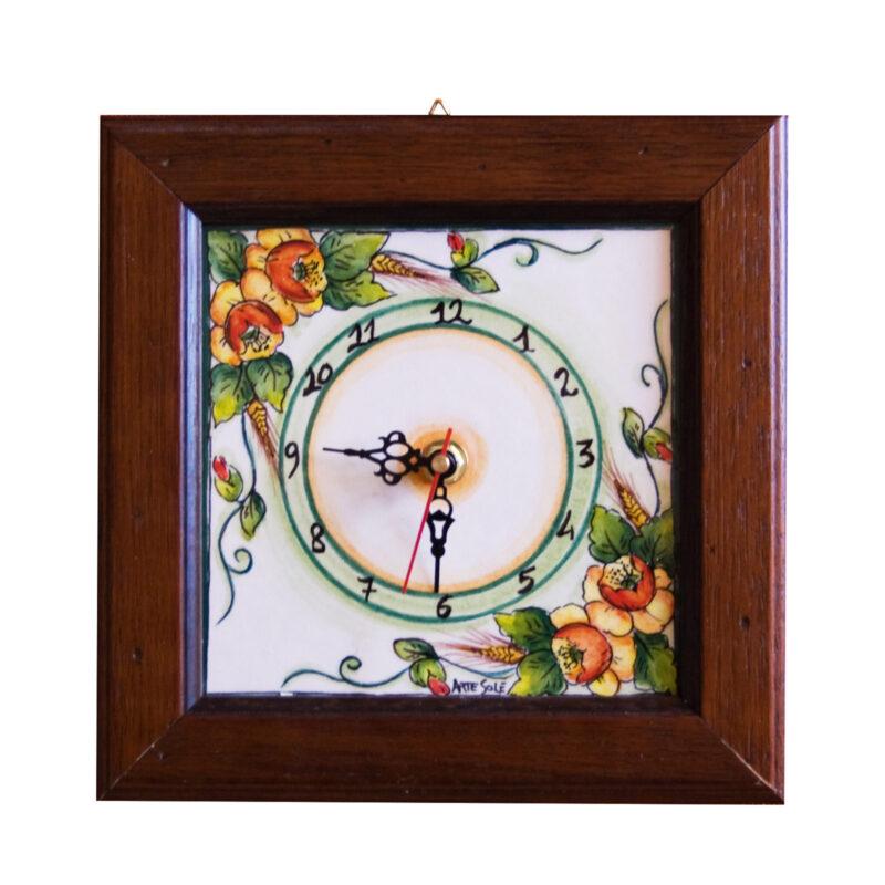 orologio in pietra lavica decorata a mano e cornice in legno