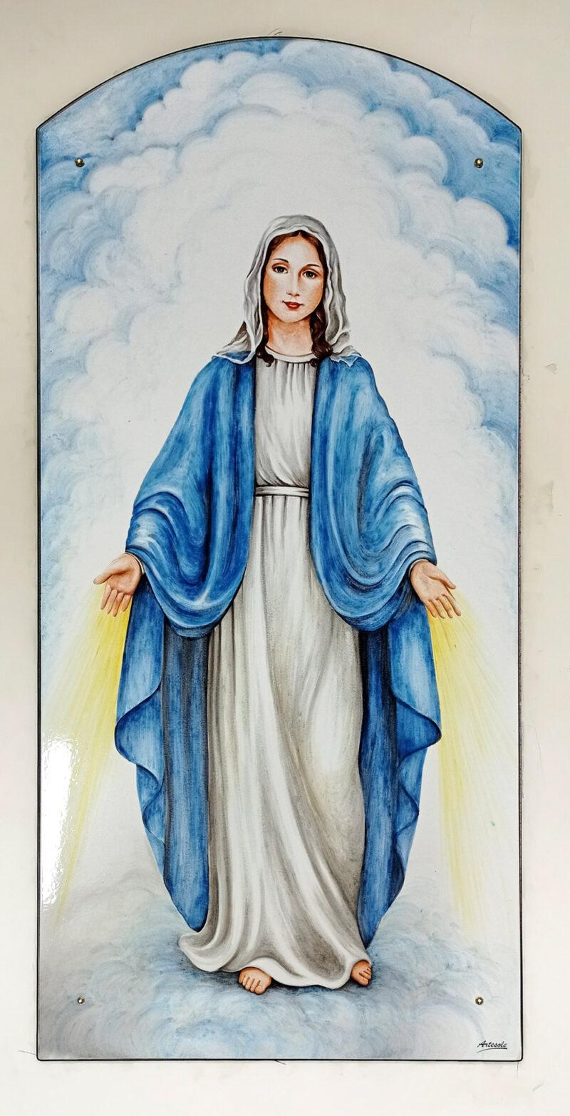 """Pannello in pietra lavica decorato a mano con dipinto """"Madonna"""""""