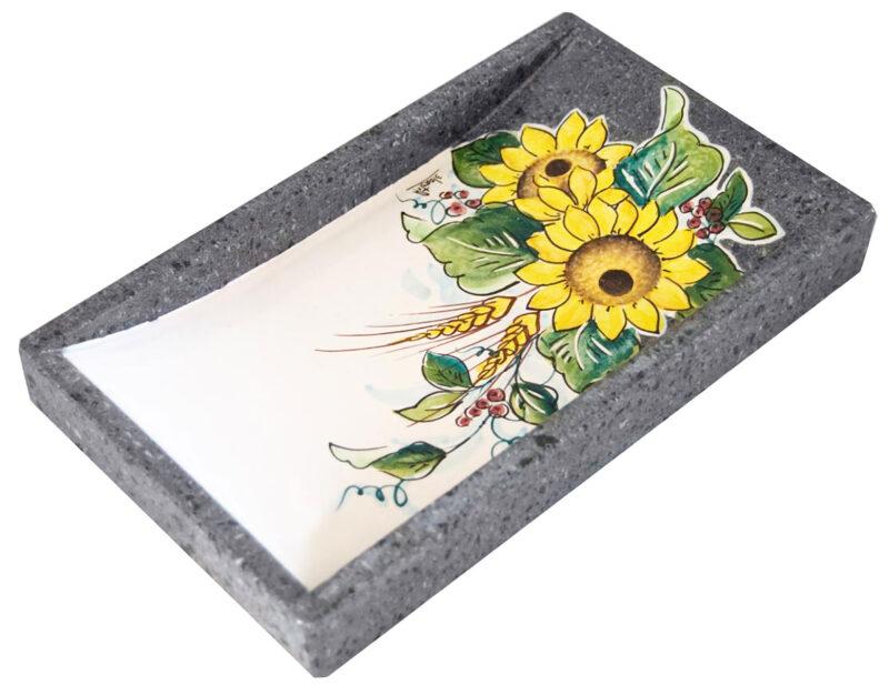 Rendiresto in pietra lavica con decoro girasoli dipinti a mano