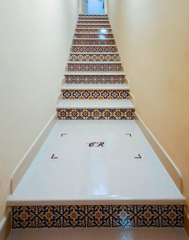 Scala moderna pietra bianca