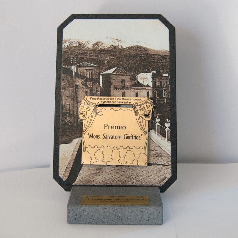 Targa per premiazione in pietra lavica dell'Etna