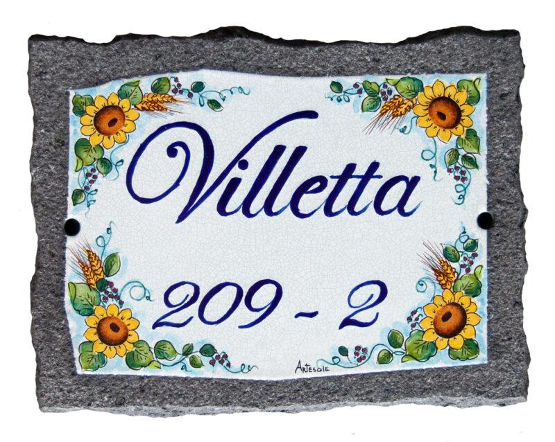 Targa Villetta in pietra lavica con numero civico e decoro girasoli