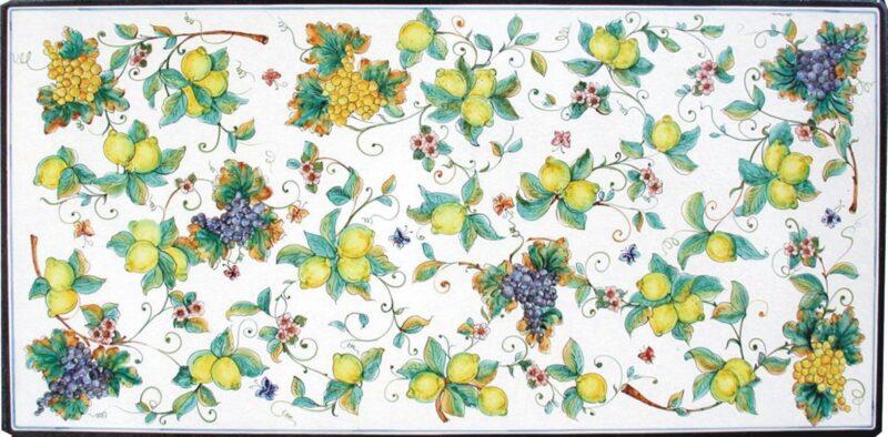 tavolo in pietra lavica decorato a mano con decorazione autunno estate, dipinto a mano