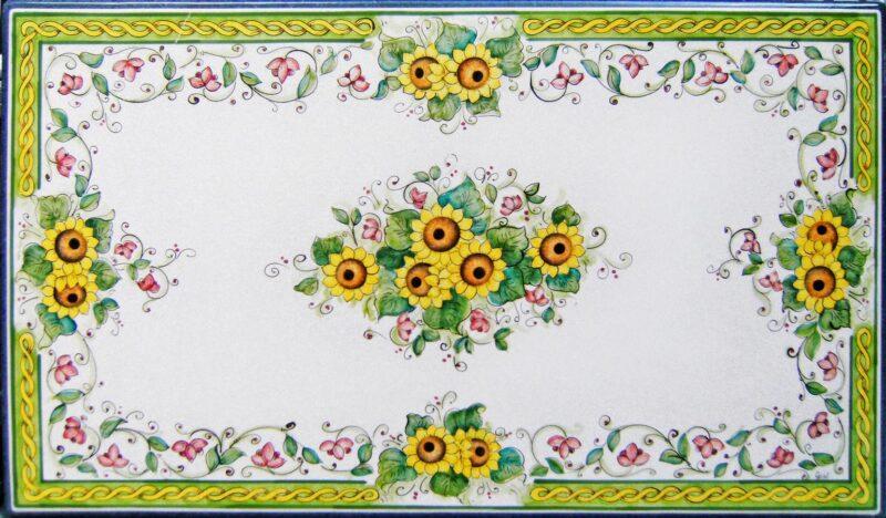 tavolo in pietra lavica rettangolare con decoro girasole dipinto a mano