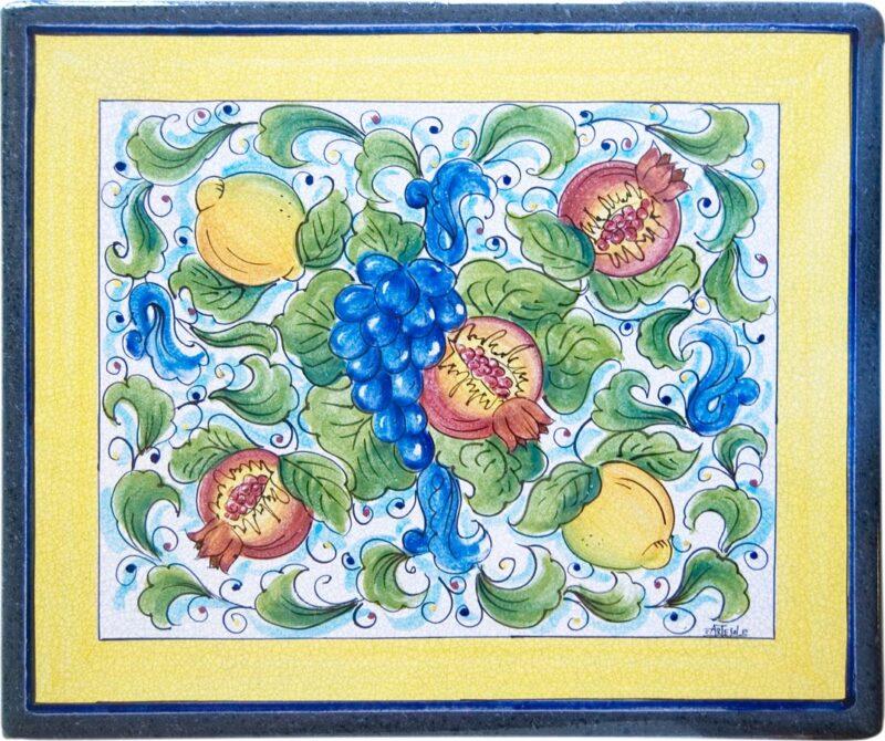 tavolo siciliano in pietra lavica rettangolare decorato a mano