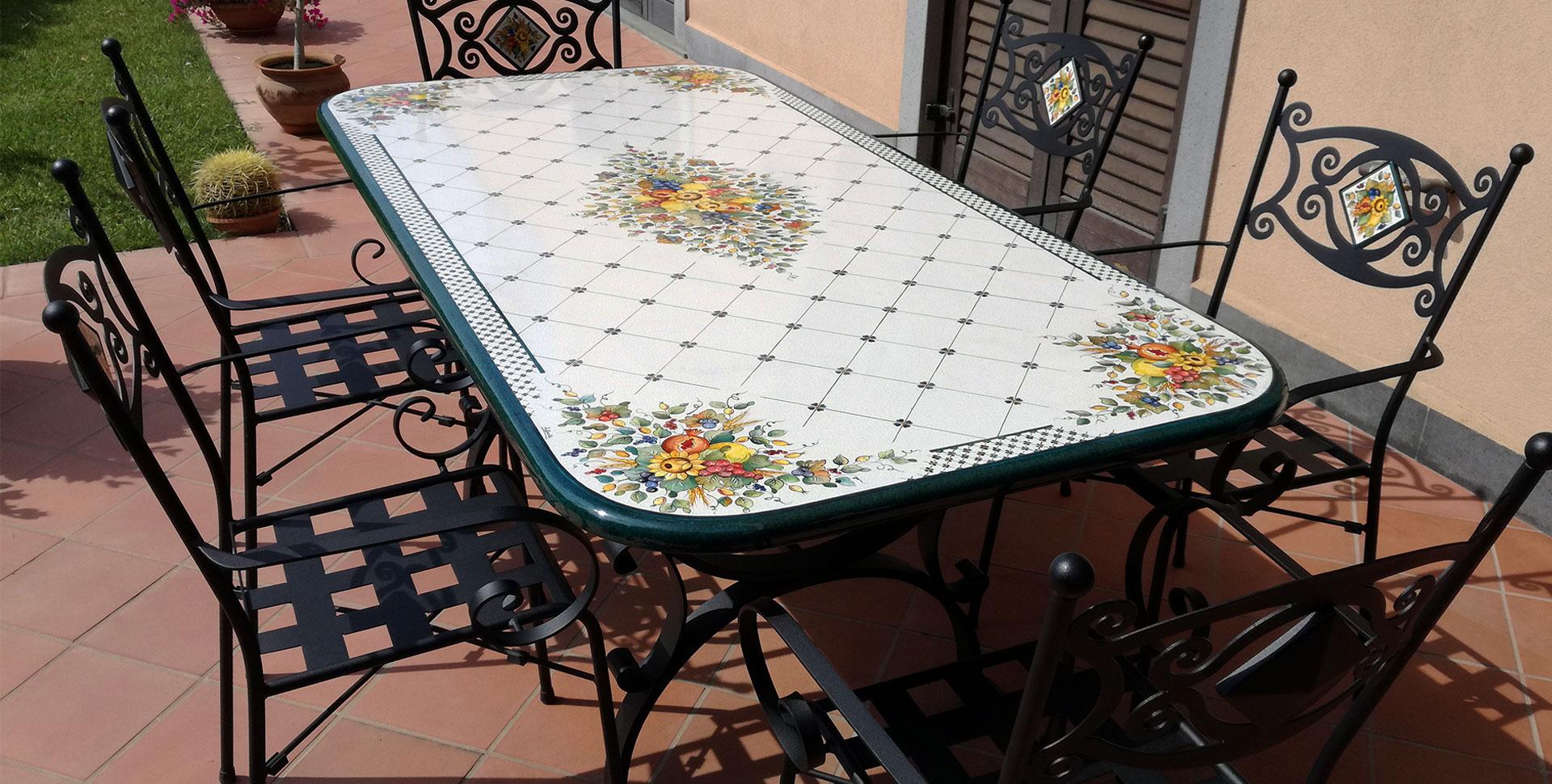 Tavoli Da Giardino In Pietra Lavica.Basi In Ferro Battuto Realizza Il Tuo Arredamento Firmato
