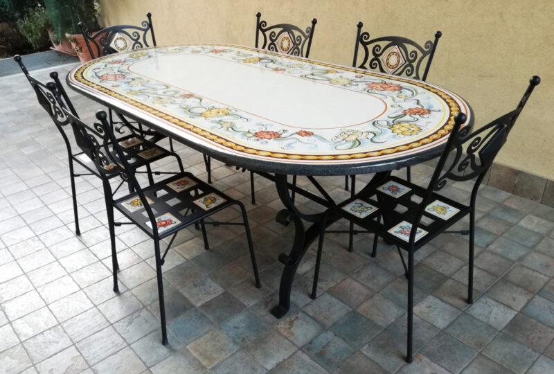 tavolo ovale in pietra lavica con sei sedie