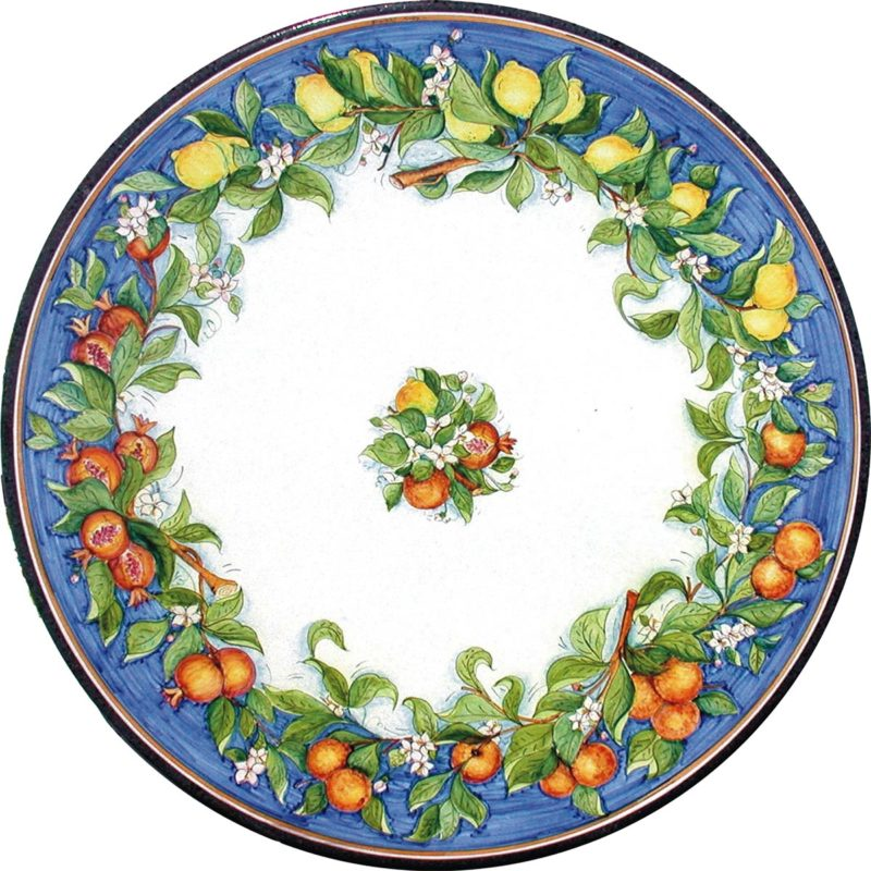 tavolo in pietra lavica rotondo con decoro misto di frutta colore blu antico