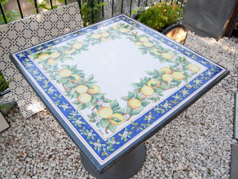 top tavolo in pietra lavica quadrato