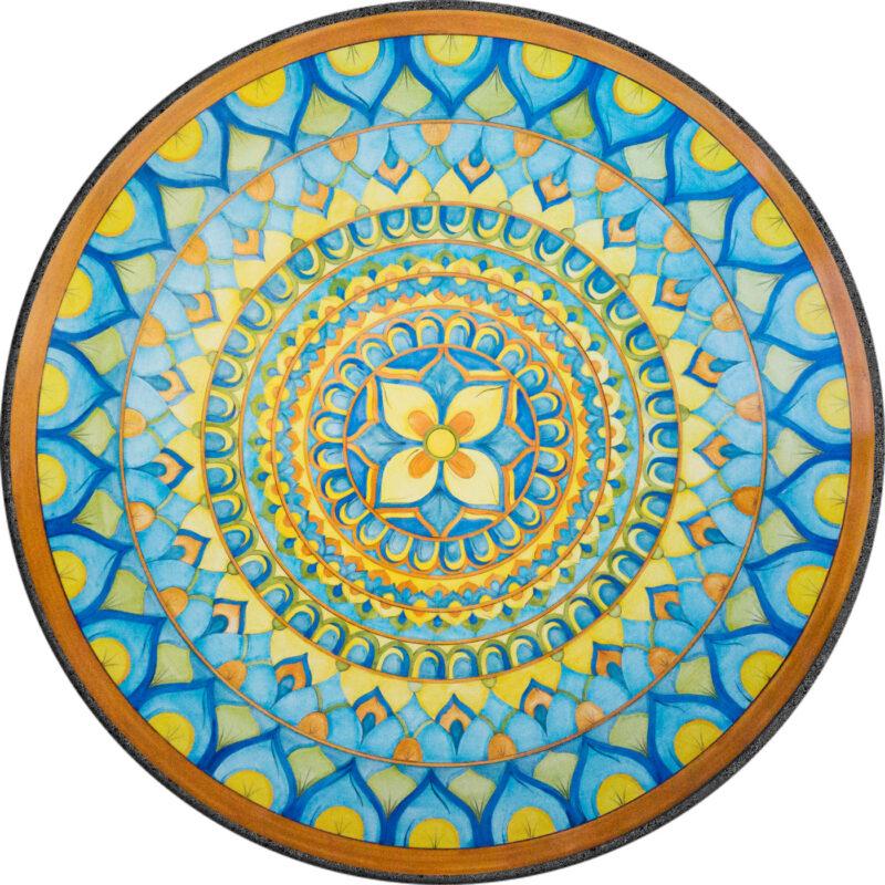 tavolo in pietra lavica rotondo con decoro milano