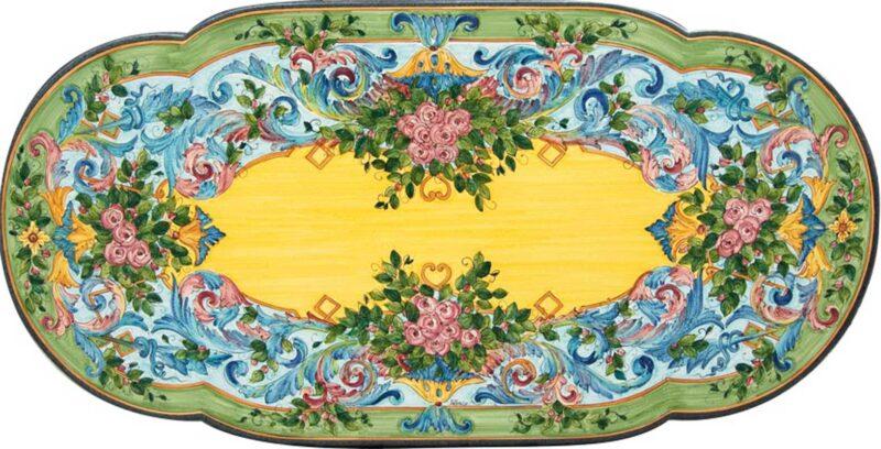 Tavolo in pietra lavica sagomato ovale con decoro Rose