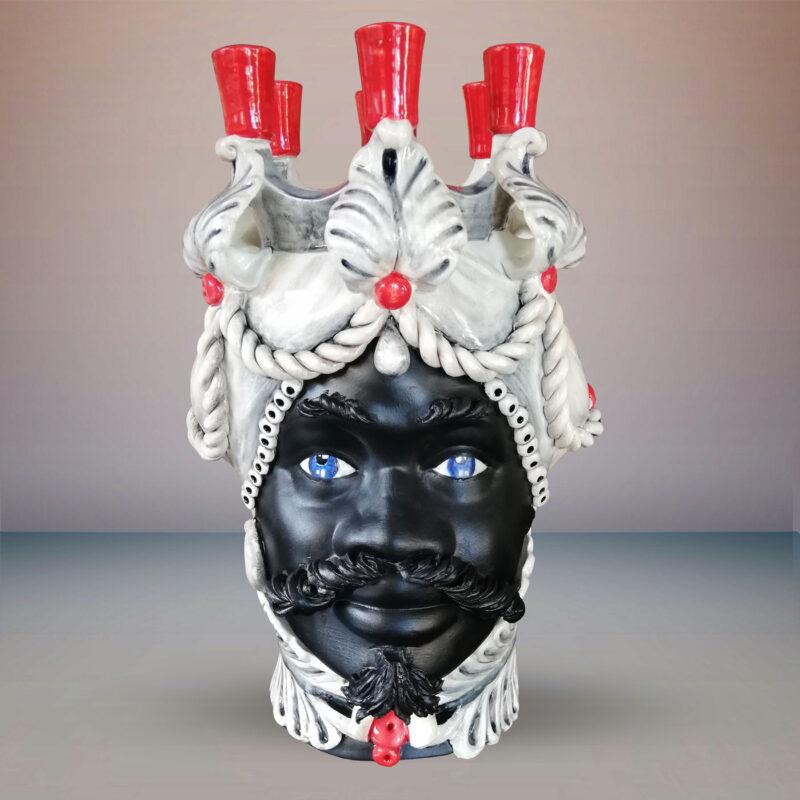 Testa di Moro in ceramica in stile Caltagirone