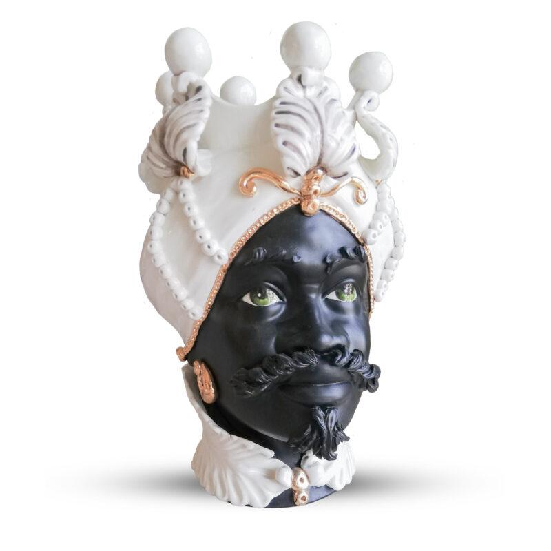 testa di moro uomo in ceramica con particolari decorati in oro zecchino terzo fuoco