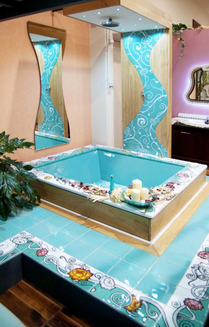 vasca con doccia realizzata su misura